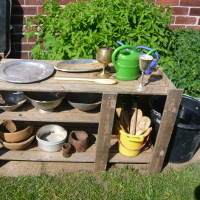 mud kitchen set up stand