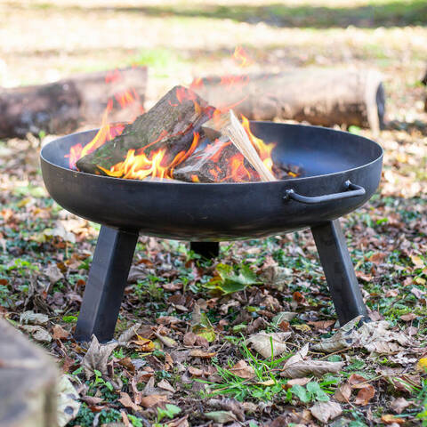Fire Pits & Stoves