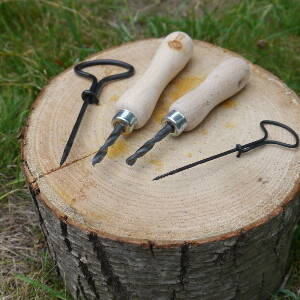 Tool use & Traditional Crafts